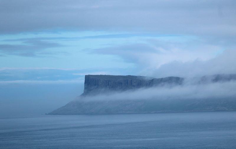 l'imponenza e la magia delle scogliere dell'Irlanda del Nord