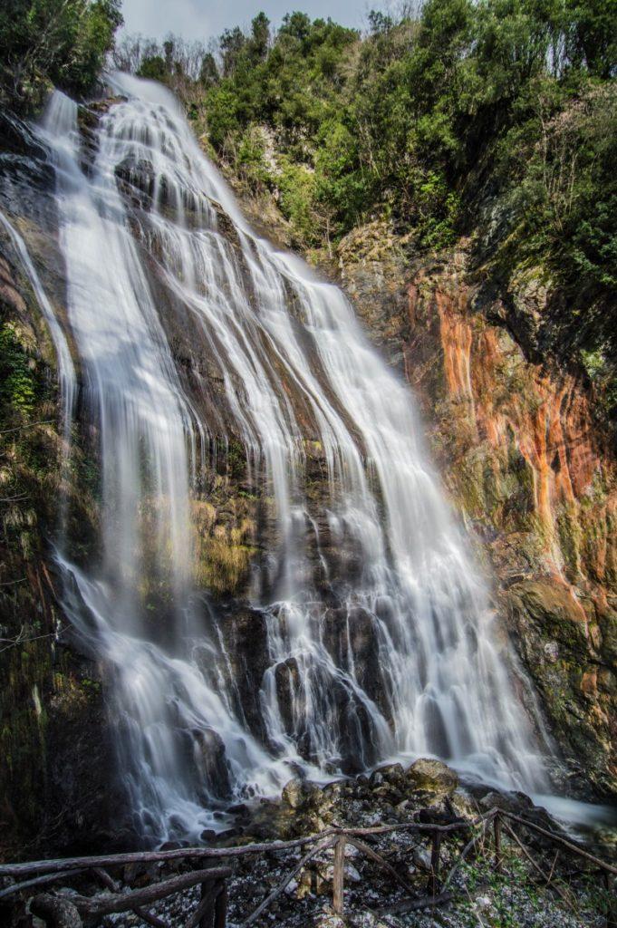 la maestosa cascata dell'acquapendente