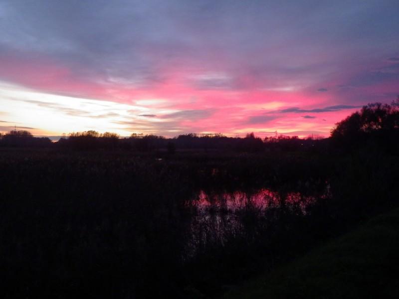 tramonto al lago di porta