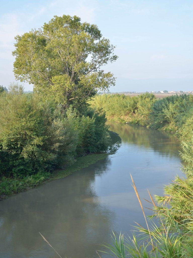 fiume di fine estate