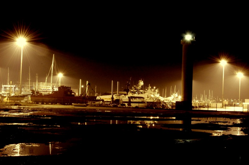 notturno al porto di viareggio