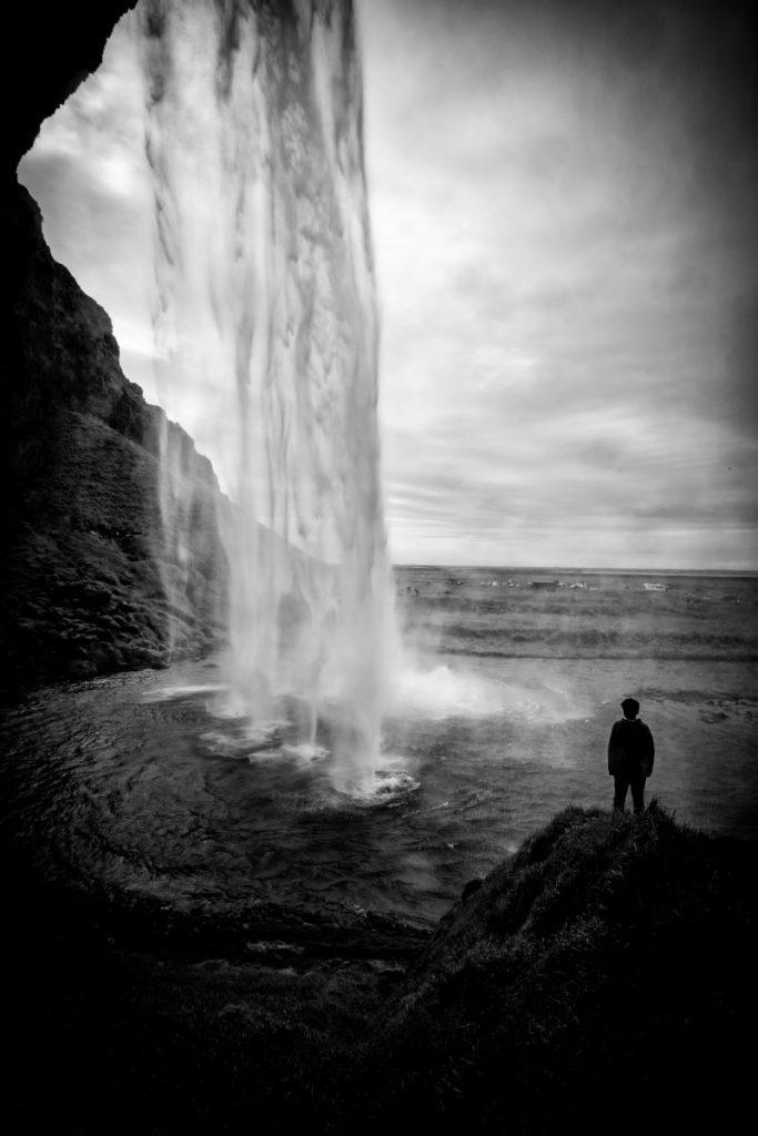 i segreti della cascata di seljalandsfoss